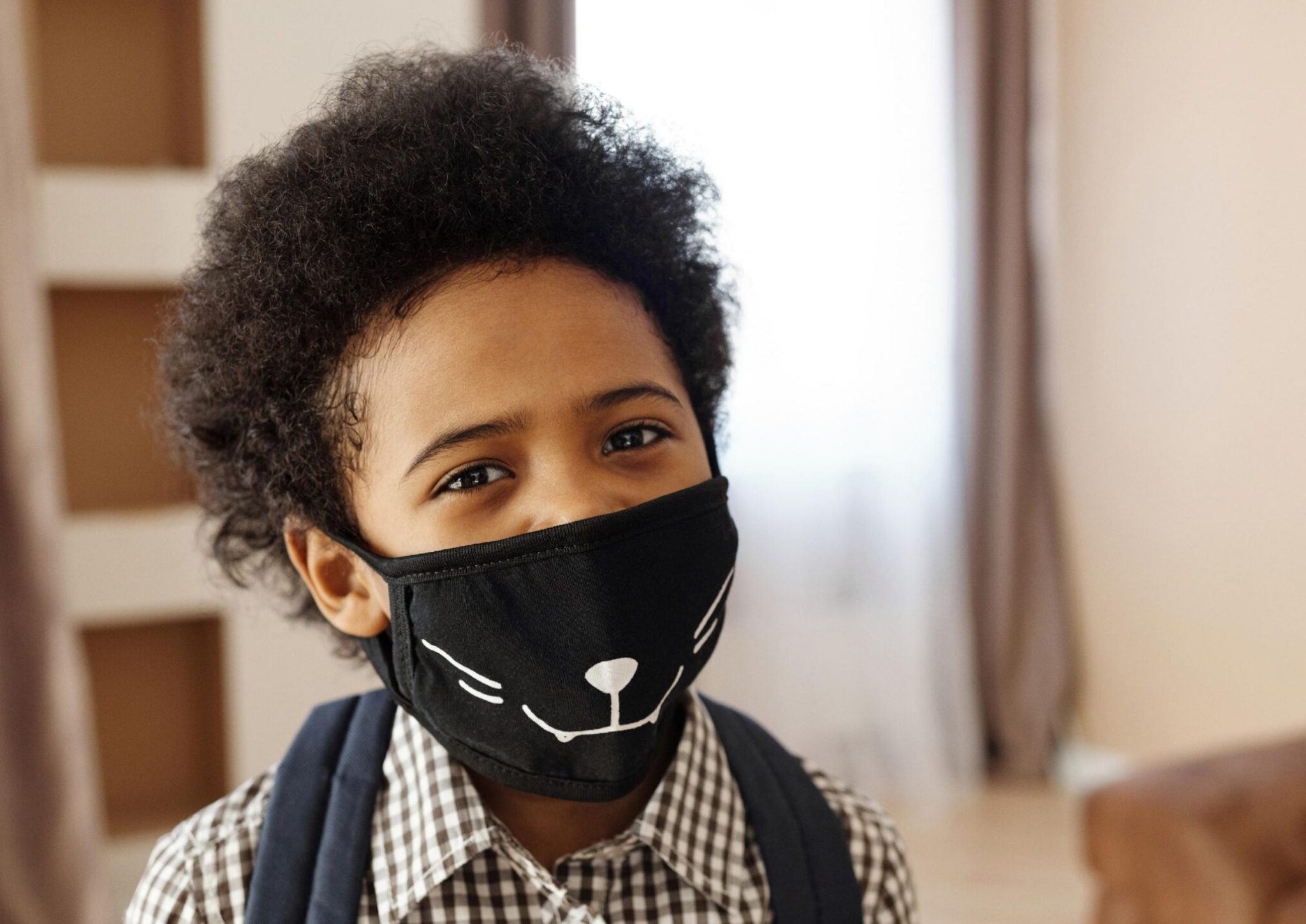 Kid-with-Face-mask
